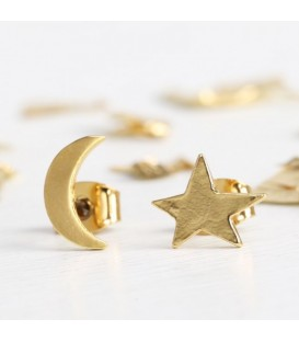 Mismatch Moon & Star Earrings Gold