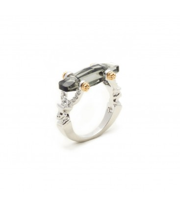 Manhattan Crystal Ring